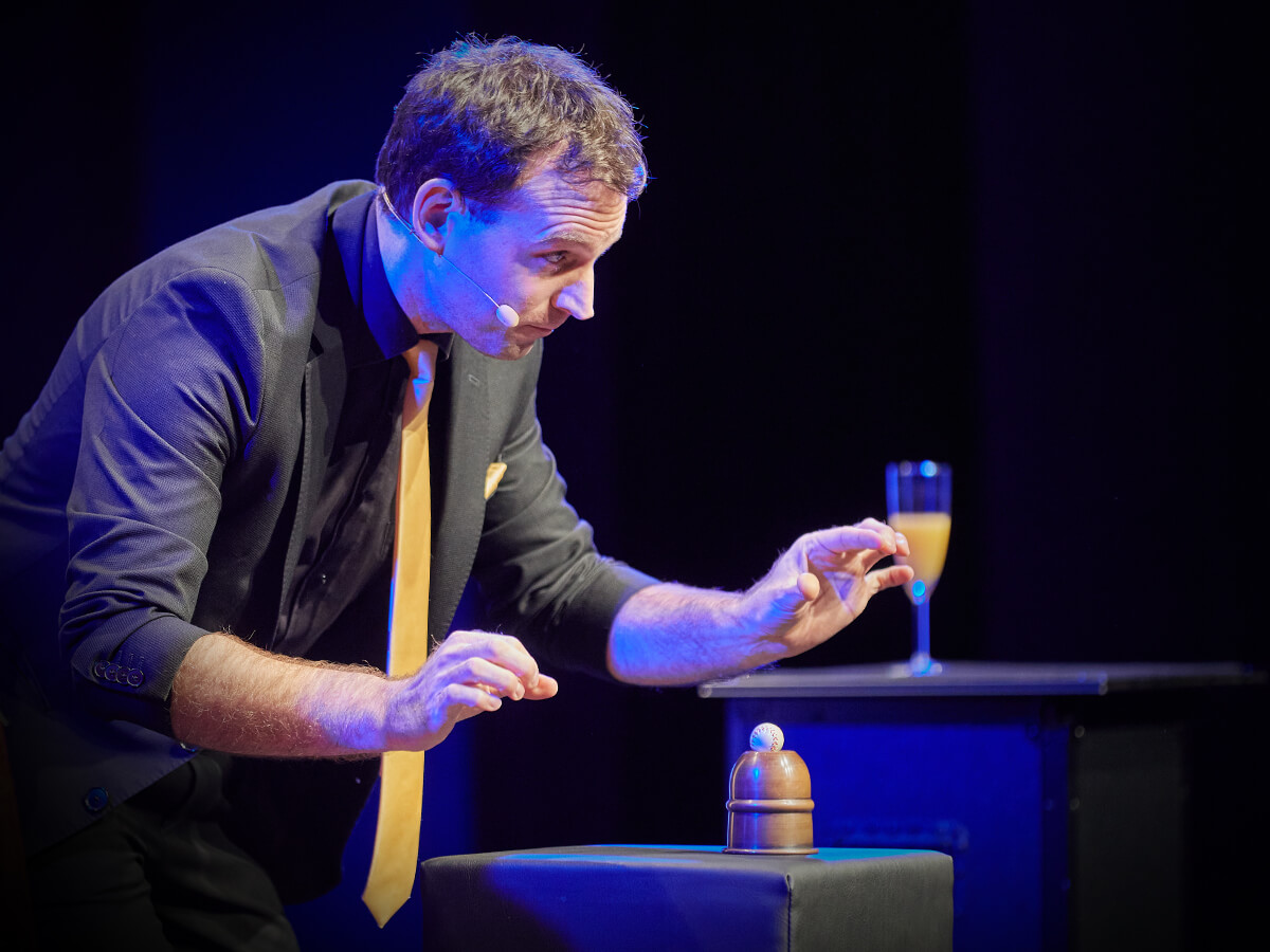 Zauberer Harald Hentschel Theater